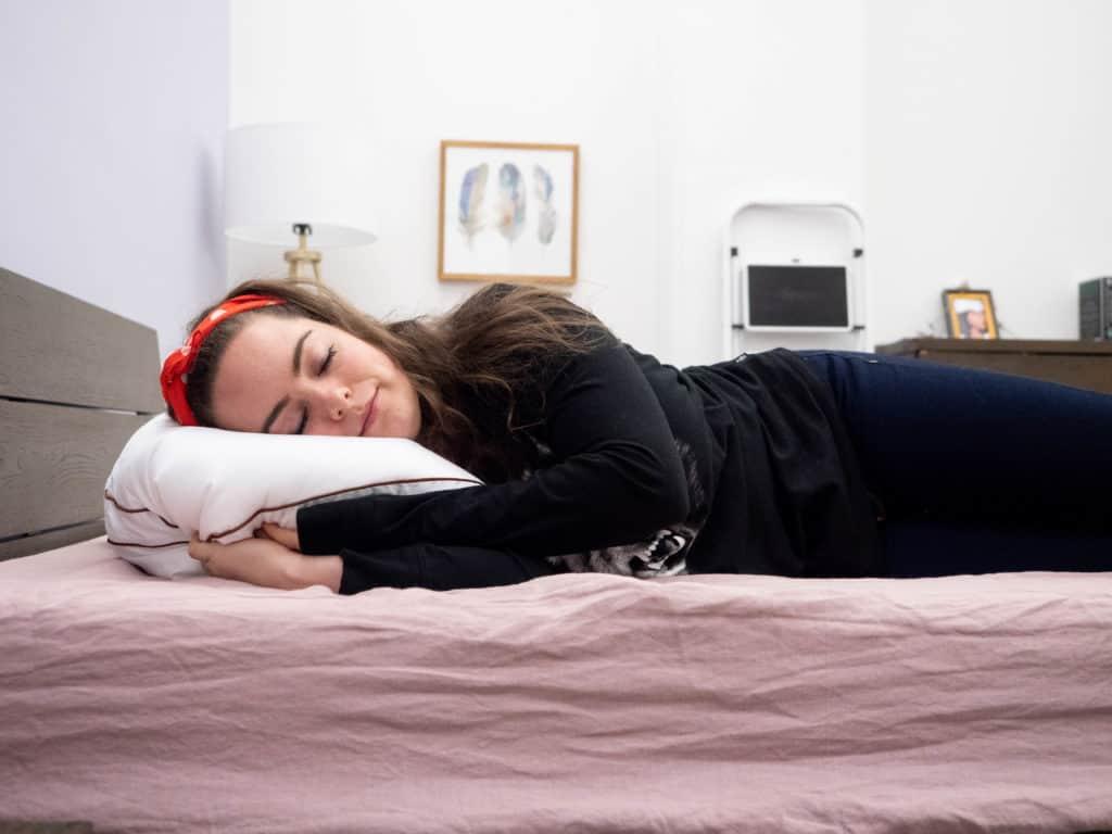 Versatile Knee Pillow for a Better Sleeping Experience